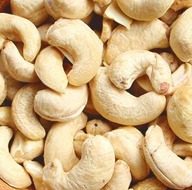 Family Farm Organics Cashews