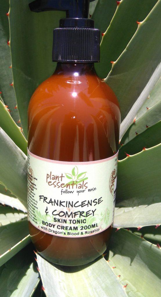 Plant Essentials - Frankinscence & Comfrey